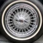 Velgen en naafdoppen voor autowielen