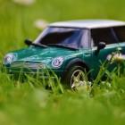 Verplicht bij de wet: toebehoren materialen auto (België)