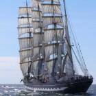 De Kruzenstern, het enige nog varende schip van de P-lijn