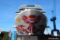 boeg van Norwegian Joy in Papenburg / Bron: ©ottergraafjes